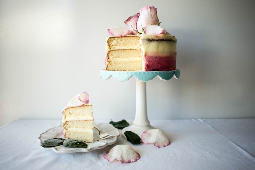 Crystallized-White-Rose-Cake-940x627