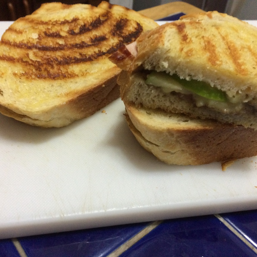 apple brie ham grilled sandwich.JPG
